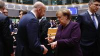 El president del Consell Europeu, Charles Michel, i la cancellera alemanya i presidenta de torn de la UE, Angela Merkel