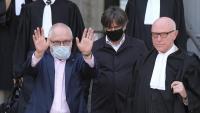 Lluís Puig amb Carles Puigdemont, després d'una cita judicial el juny passat