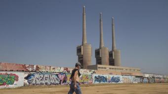 A l'entorn de les Tres Xemeneies, les antigues naus deixaran pas a un nou barri