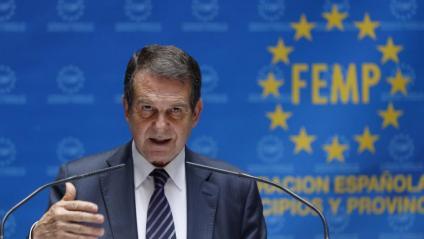 L'alcalde de Vigo, Abel Caballero, és el president de la Federació Espanyola de Municipis i Províncies (FEMP)