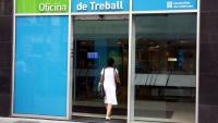 L'atur registrat baixa en 15.670 persones al juliol a Catalunya