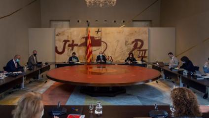 El consell executiu es va reunir ahir per última vegada abans de l'aturada per vacances