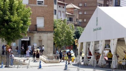 Carpa instal·lada al CAP Prat de la Riba de Lleida