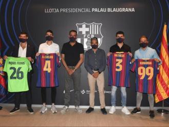 D'esquerra a dreta, Miquel Feixas, André Coelho, Josep Ramon Vidal-Abarca (directiu), Albert Soler (director d'Esports Professionals), Matheus i Ximbinha. Foto: