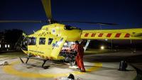 Professionals del SEM amb l'helicòpter