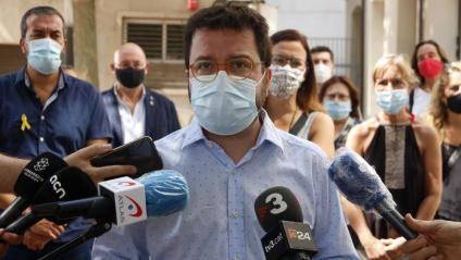 El vicepresident del Govern, Pere Aragonès, en una atenció als mitjans a Mataró