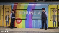 Agressió homòfoba a Barcelona: un home insulta i pega amb una barra de ferro una parella gai