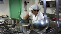La cuina romandrà oberta encara que un centre educatiu tanqui pel coronavirus
