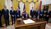 El president dels EUA, Donald Trump , va anunciar un acord entre Israel i els Emirats Àrabs Units, ahir, a la Casa Blanca