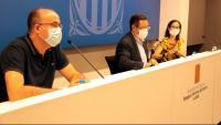 El delegat del Govern a Lleida, Ramon Farré, amb la gerent de les regions sanitàries de Lleida i de l'Alt Pirineu i Aran, Divina Farreny, i el director dels serveis territorials de Treball, Vidal Vidal –en primer terme–