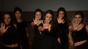 L'Esbart Manresà estrena 'Totes' , el divendres 21 en sessió doble a la plaça Major de les Preses