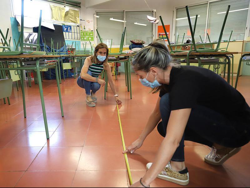 Els sindicats demanen l'ús de la mascareta a l'escola a partir dels 6 anys  i insisteixen a reduir les ràtios | ACN | barcelona | Educació | El Punt  Avui