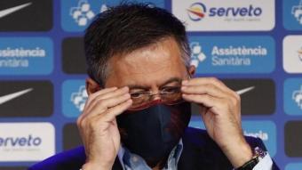Josep Maria Bartomeu va decidir dimitir després de la impossibilitat, segons manifesta, d'engegar una votació amb la moció de censura