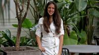 Carme Vinyes, presidenta de l'Associació Amics dels Calls, al jardí de l'hotel Pulitzer de Barcelona
