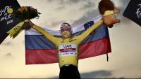 París aclama el nou ídol del ciclisme modern: Tadej 'Pogastar'