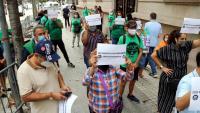 Protesta de la PAH Barcelona davant de la delegació del govern espanyol