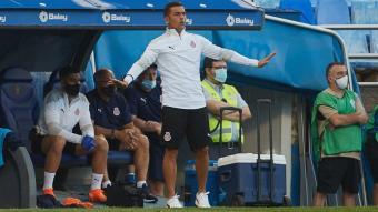 Francisco demana calma als seus jugadors durant l'últim duel de pretemporada que el Girona va disputar a la Romareda contra el Saragossa