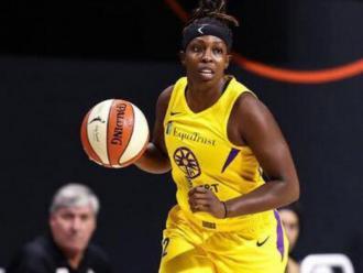 Chelsea Gray acaba la temporada de la WNBA amb els Sparks