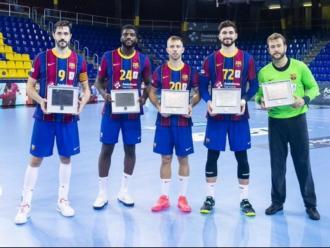 Entrerríos, Mem, Aleix, Fàbregas i Gonzalo , escollits en el set ideal en l'última lliga Asobal, han rebut el guardó abans del partit contra el Viveros Herol Nava