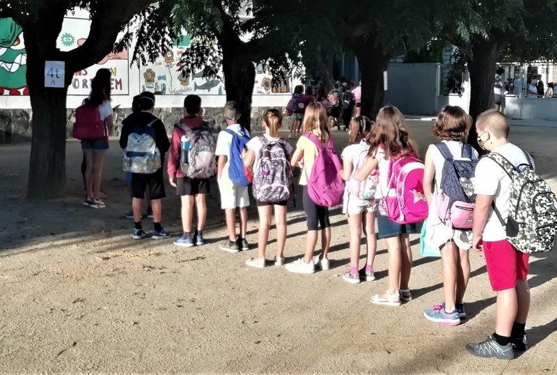 Pugen a 111 els grups escolars confinats per positius de covid-19, afectant 87 centres | ACN | barcelona | Salut | El Punt Avui