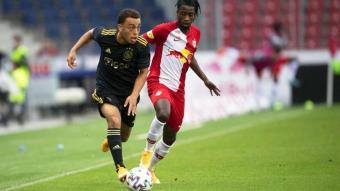 Sergiño Dest, en acció amb l'Ajax