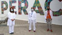 Andrea Martín, Pere Soler i Roger Colobran, investigadors del Vall d'Hebron Institut de Recerca (VHIR) que han participat en els estudis del consorci internacional COVID Human Genetic Effort