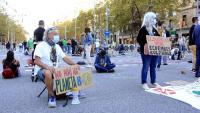 Concentració a favor del Planeta i l'ecologia, ahir, al passeig de Gràcia