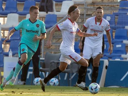Rakitic, flamant nou fitxatge del Sevilla