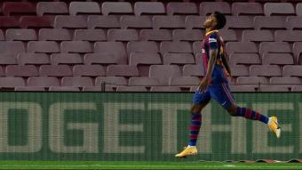 Ansu Fati celebra un dels gols que va fer contra el Vila-real