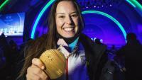 Astrid Fina amb la medalla de bronze paralímpica