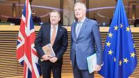 Pla sencer del negociador europeu, Michel Barnier, i del britànic, David Frost