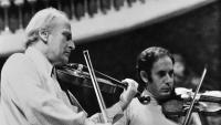 Yehudi Menuhin i Gonçal Comellas, en un recital per a escolars al Palau de la Música
