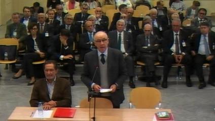 Una imatge de Rodrigo Rato i els altres 33 acusats a l'Audiència Nacional