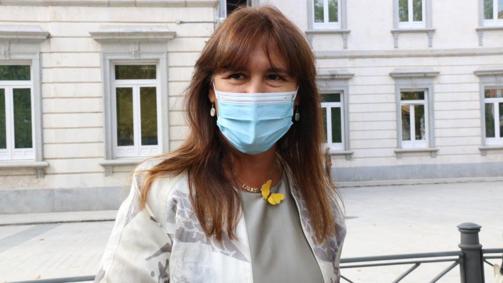 La portaveu de JxCAT al Congrés, Laura Borràs, a les portes del Tribunal Suprem