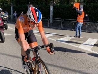 Anna van der Breggen sola en 40 dels 143 quilòmetres