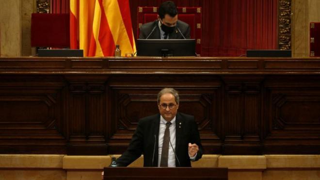 El president inhabilitat s'adreça al Parlament