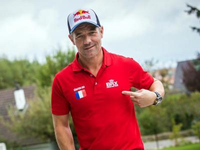 Sebastien Loeb amb els colors del seu nou equip pel Dakar