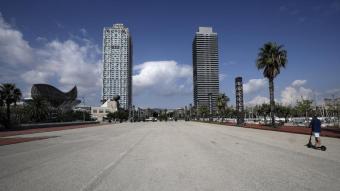 Imatge del front marítim de Barcelona amb l'hotel Arts