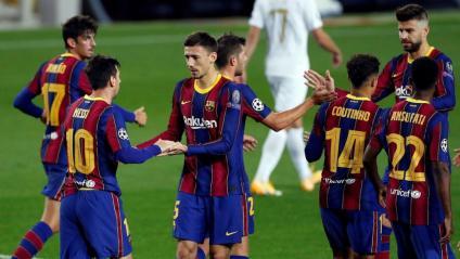 L'equip celebrant un dels gols d'aquesta nit al Camp Nou
