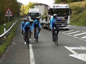 Valverde, Mas i Soler, entrenant-se aquest matí abans de la Vuelta.
