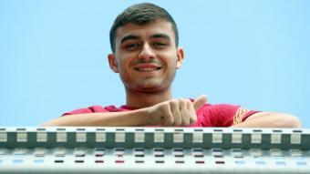 Pedri, una de les noves sensacions del Barça, a la ciutat esportiva