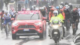 Els ciclistes no han volgut sortir en aquestes condicions
