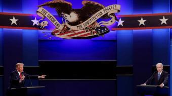 Donald Trump i Joe Biden, durant el debat que van mantenir dimarts a la Universitat Belmont de Nashville, a l'estat de Tennessee