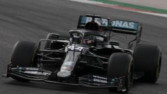 Lewis Hamilton va cap a la victòria en el GP de Portugal