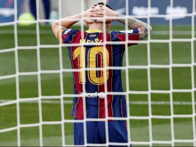 Leo Messi es desespera en el clàssic de dissabte passat
