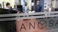 El conseller de Polítiques Digitals i Administració Pública, Jordi Puigneró, visita el NanoSat Lab de la Universitat Politècnica de Catalunya