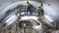 Treballs a l'interior del túnel per on anirà el tren a l'aeroport, en una imatge d'arxiu