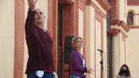 Els actors David Olivares i Mireia Portes, en la presentació de la campanya ahir a la terrassa del Teatre Lliure a Montjuïc