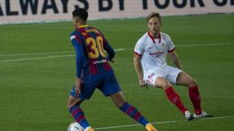 Ronald Araújo, en el partit contra el Sevilla