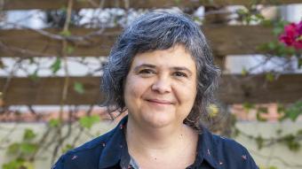 La Núria Iceta duu a les mans 'El futur del treball', de 'Qüestions de Vida Cristiana' (FJM i Publicacions de l'Abadia de Montserrat)